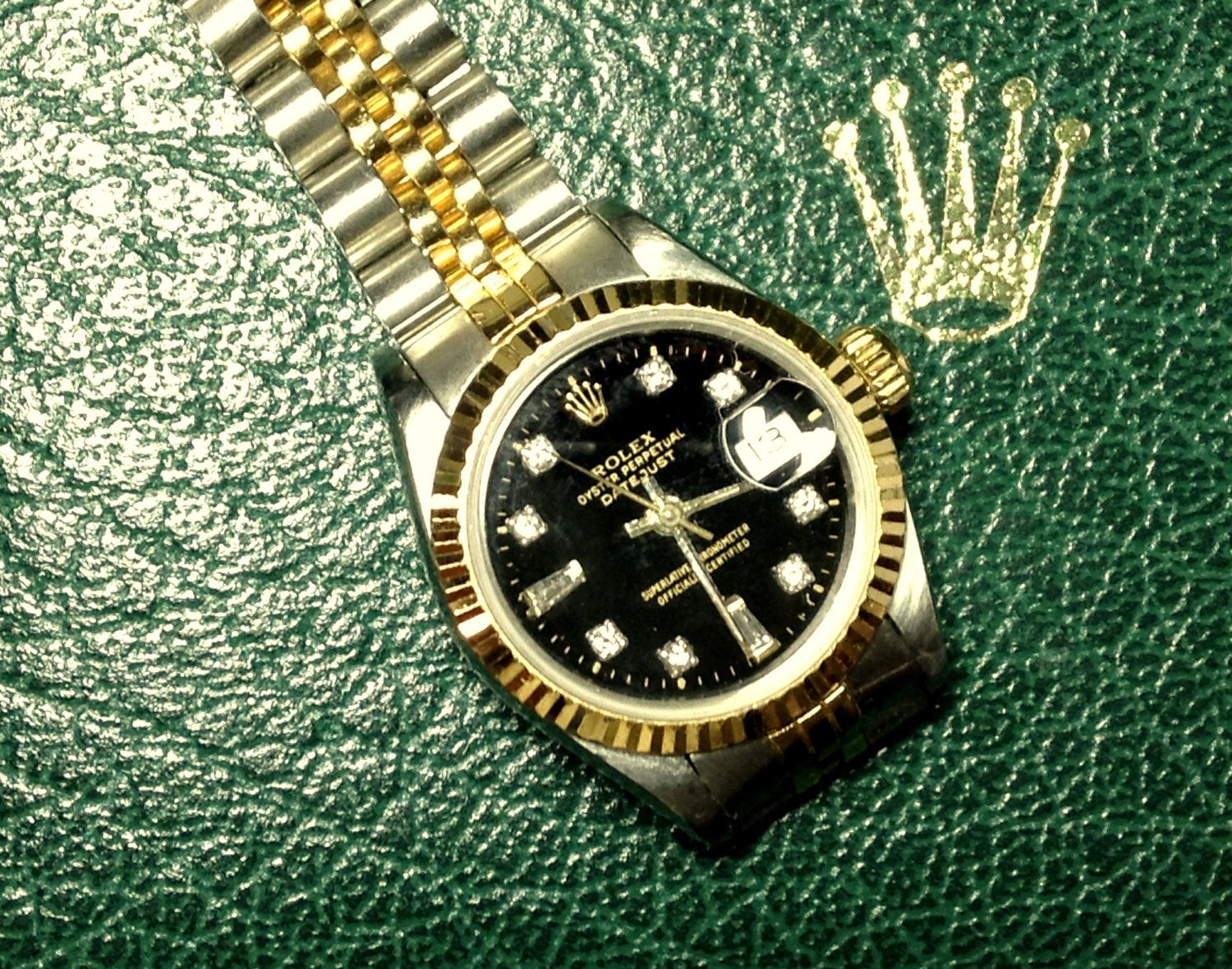 Women's Rolex Datejust Oyster Perpetual in Original Box FREE SHIPPING by BeadTrueToYourHeart on Etsy https://www.etsy.com/listing/209733574/womens-rolex-datejust-oyster-perpetual