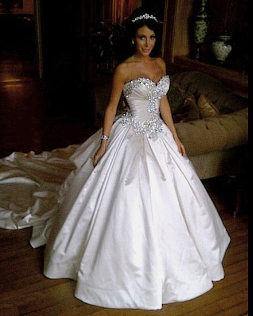 Jennifer Stano pnina tornai wedding gown-perfect in every way ...