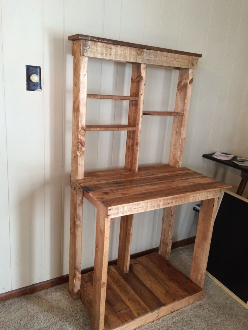 Bakers Rack Made From Recycled Pallets Pallet Decor Diy