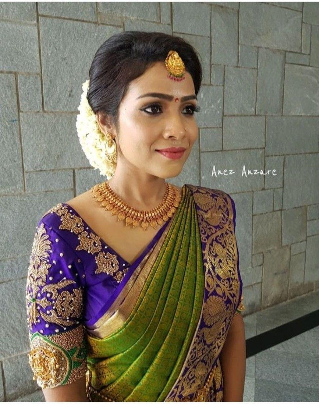Photo of 40+ Elegant Mind Blowing Blouse Design For Wedding Silk Sarees