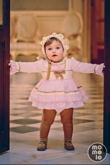 ab9874c55 www.momolo.com #kids #moda #modainfantil #niños #fashionkids #kidsfashion  #momolo #kidswear MOMOLO | moda infantil | Vestidos Bebés Chic, Capota  Bebés Chic, ...