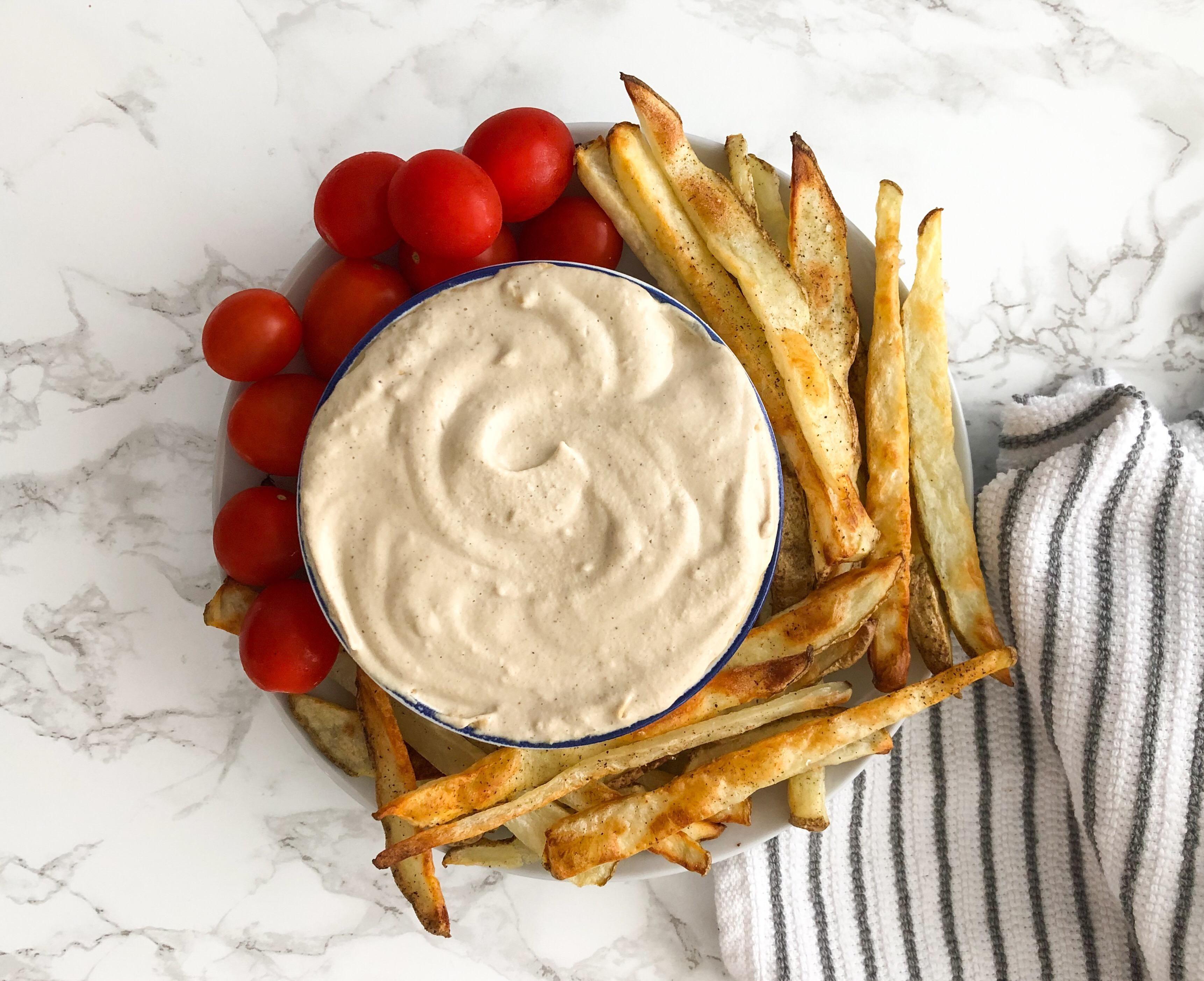 Easy glutenfree appetizer! Creamy Chipotle Cashew Dip