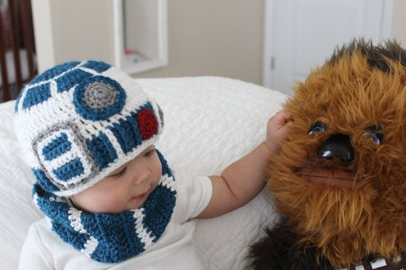 R2D2 crochet baby hat inspired by Star Wars by happyjourneys ...
