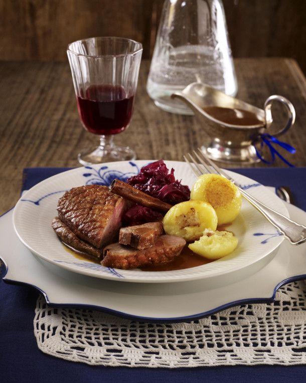 Weihnachten Entenbrust.Entenbrust Mit Orangen Zimt Soße Rotkohl Und Knödeln Rezept