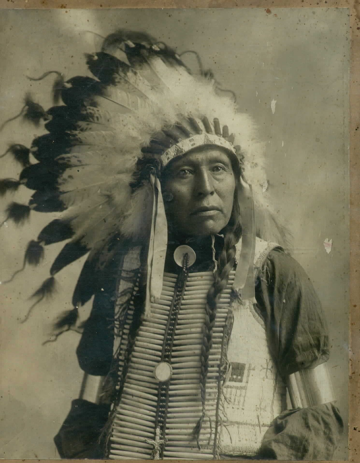 indian chief with head dress