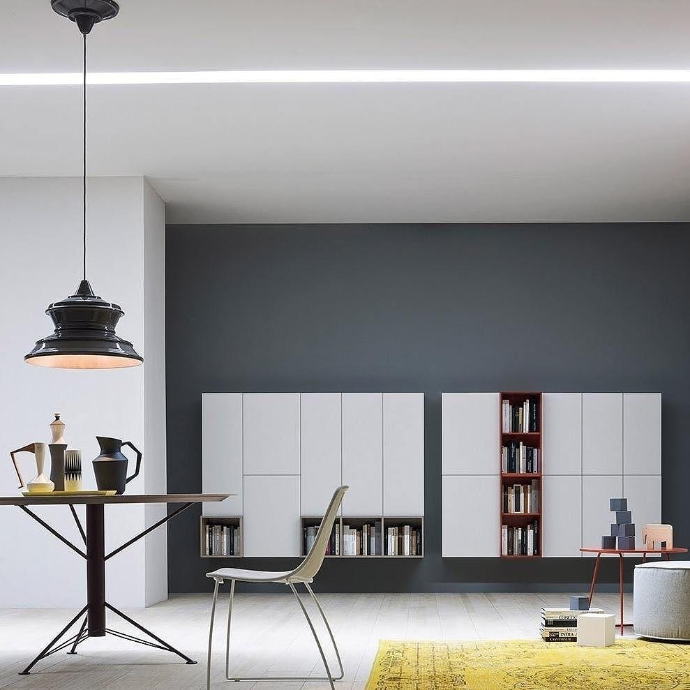 Der Novamobili Tisch Febo Mit Einem Besonderen Tischbein Dass In 20  Verschiedenen Matten Farben Lackiert Werden