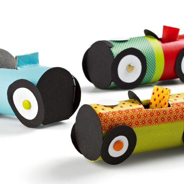 voitures de courses en carton offrir pour la f te des p res f te des mamans et des papas. Black Bedroom Furniture Sets. Home Design Ideas