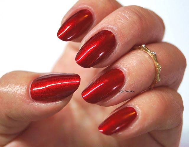 Fife Fantasi Nails Ruby
