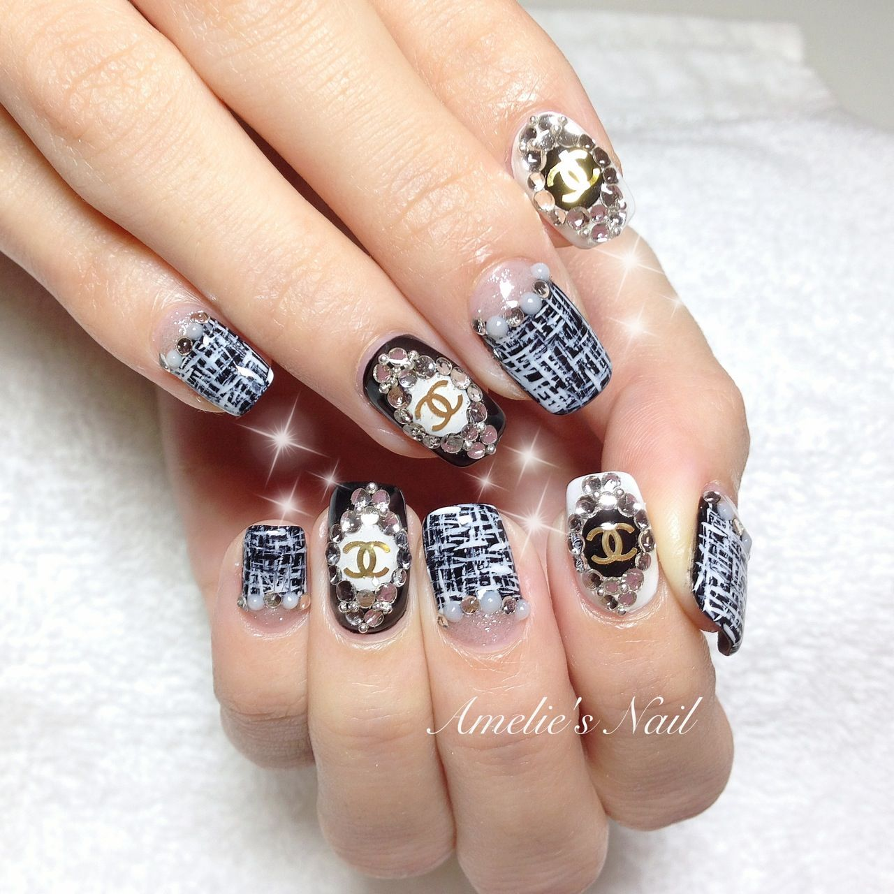 Chanel tweed monochrome nails nail art and easy manicure chanel nails prinsesfo Image collections