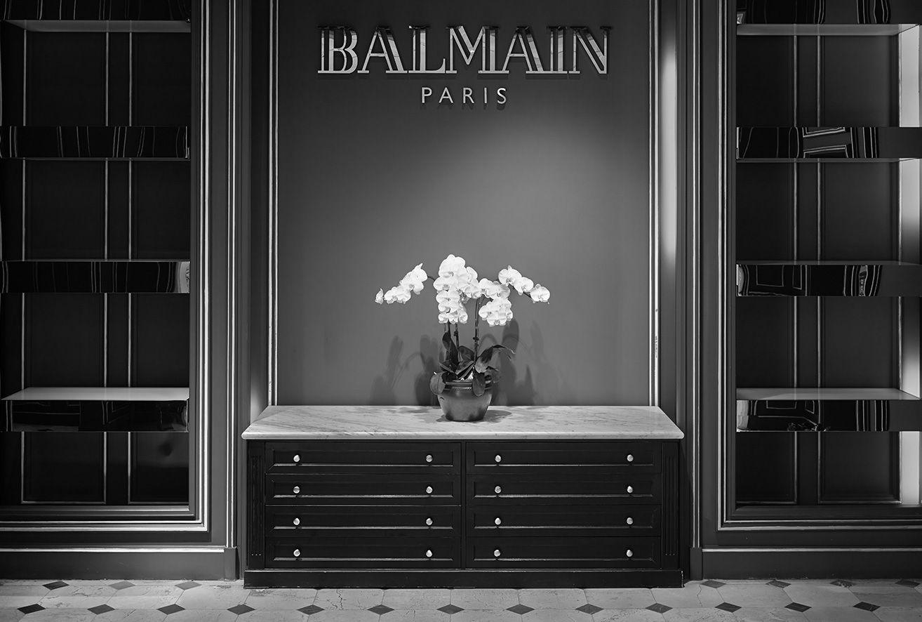 balmain boutiques beijing sanlitun online store retail boutique interior store. Black Bedroom Furniture Sets. Home Design Ideas