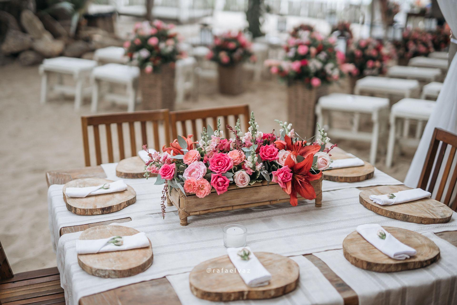 Casamento Rustico Na Praia Decoracao Rosa Mesa De Convidados