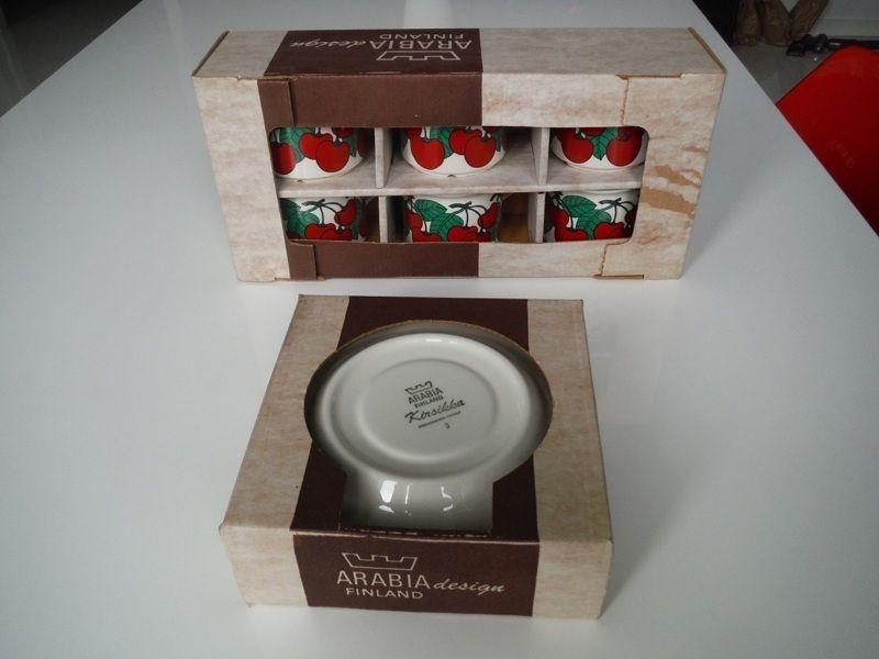 Arabia Finland, Kirsikka, kahvikuppiparit 6 kpl + alkuperäispaketit 120e Huuto.net (1.2.2015)