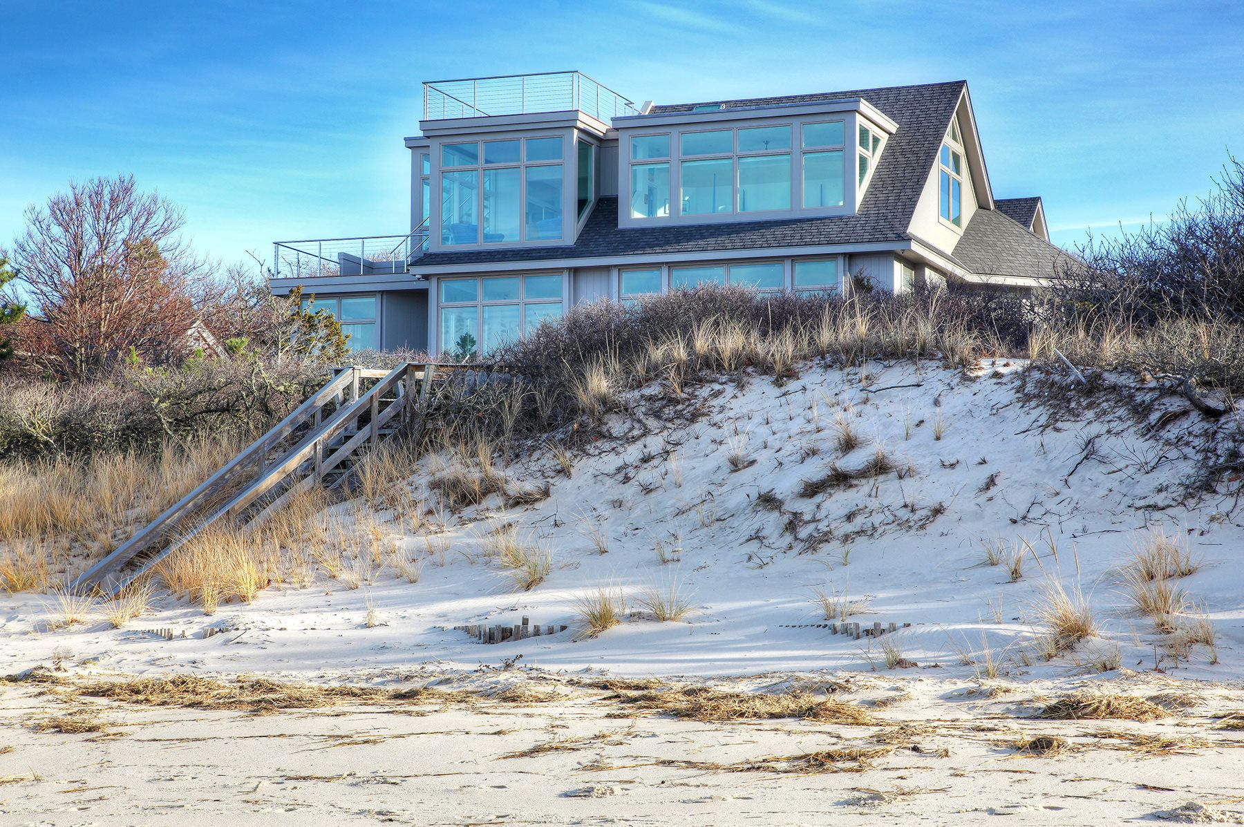 modern cape cod house on cape cod bay, roof top deck, indoor outdoor ...