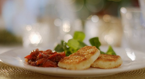 Mary Berry Crispy Halloumi With Fresh Tomato Chutney Recipe