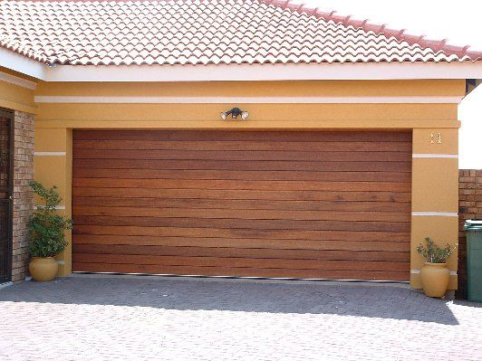 wood slat garage door - Google Search | Cannon Circle | Pinterest ...