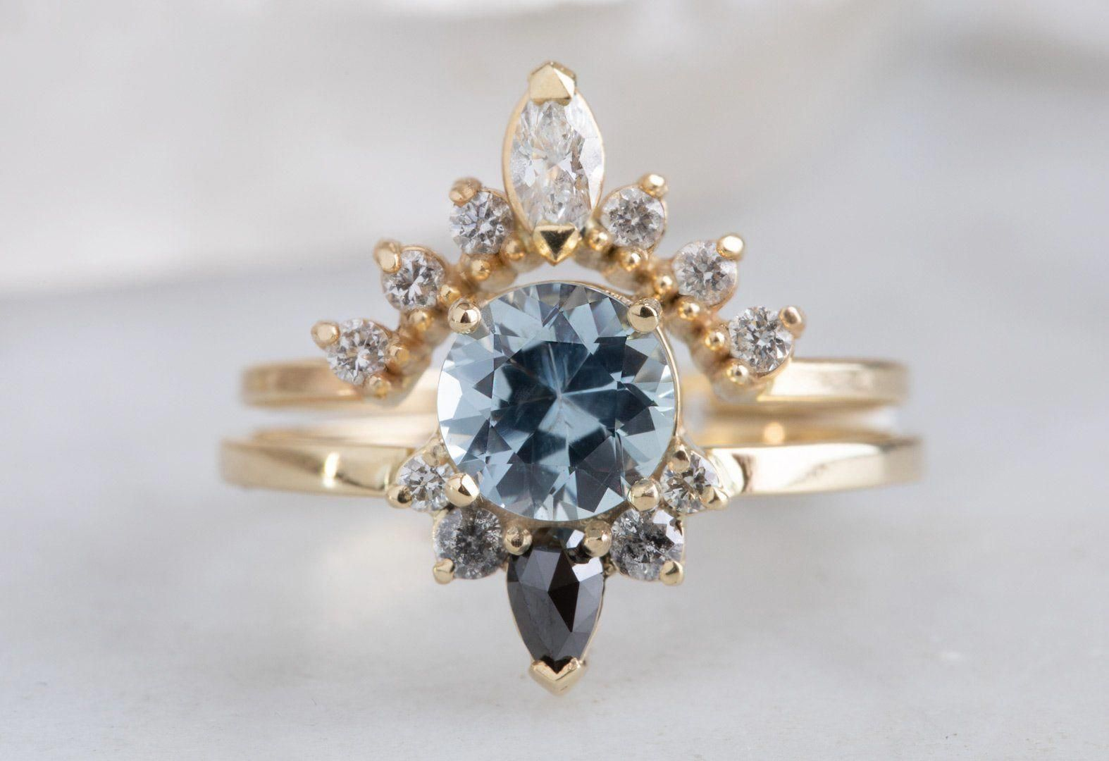 Simple Tips To Sell Your Jewelry Easily And Fast Good Day Wonderful People Th In 2020 Sapphire Engagement Ring Blue Vintage Engagement Rings Gold Diamond Wedding Band