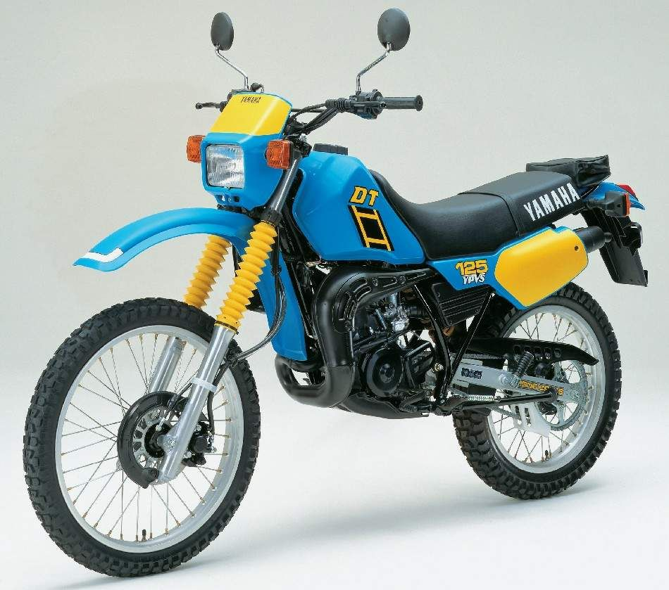yamaha dt125 old motorcycles yamaha bikes enduro. Black Bedroom Furniture Sets. Home Design Ideas