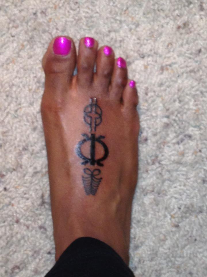 Adinkra west african symbol tattoos endurance