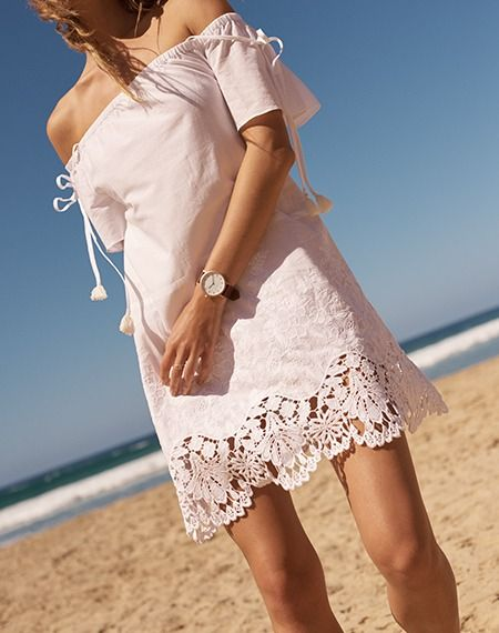 5d8c35d72e8 madewell eyelet cold-shoulder dress worn with the horse™ original watch.