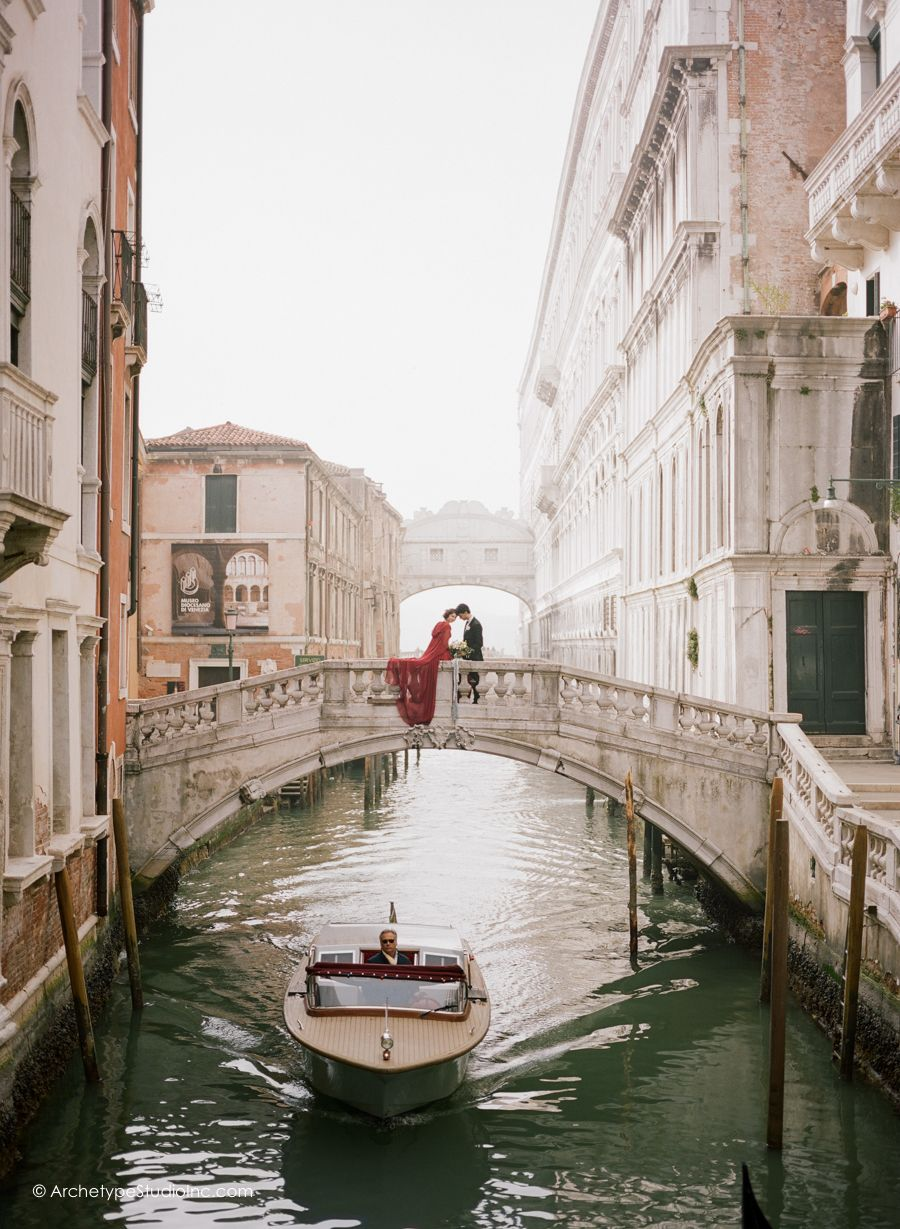 Koby Elizabeth Brown Italy Wedding Photographers Venice Elopement Photographed By