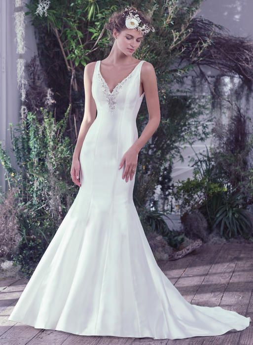 Shop The Maggie Sottero Collection At Nikki S Glitz Glam Bridal Boutique Tampa Maggie Sottero Wedding Dresses Bridal Dress Design Ball Gowns Wedding