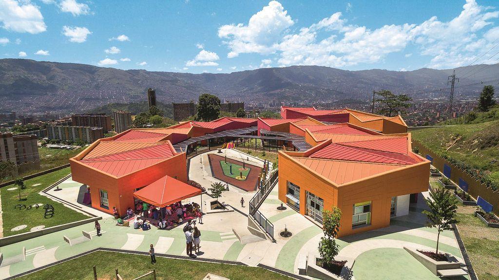 Jardin Infantil Calazania Presbitero Roberto Seguin Jardin
