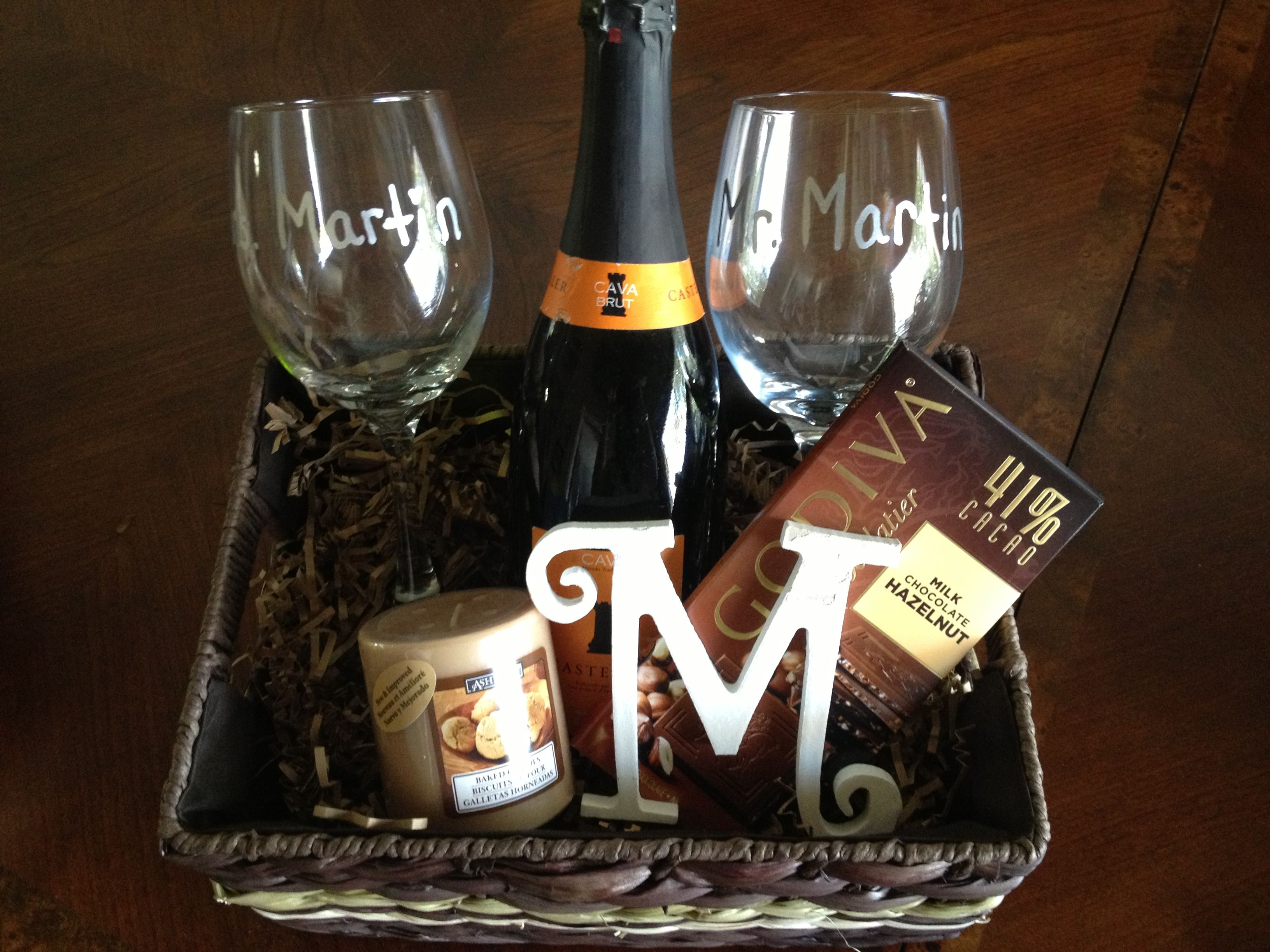 Personalized Wine Basket For A Bridal Shower Gift Mr Mrs Gles