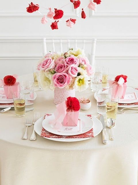 26 Irreplaceable & Romantic DIY Valentine\'s Day Table Decorations ...
