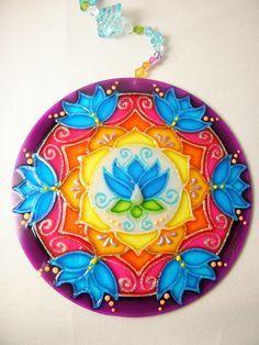 Mandala Vitral em Acrílico 15 cm