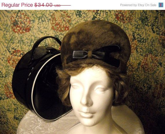 ON SALE Vintage Mod late 60s early 70s Gorgeous by vintagefinds61, $25.50
