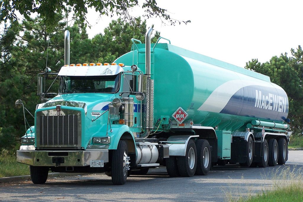 Macewen kenworth t800 truck and gasoline fuel tanker