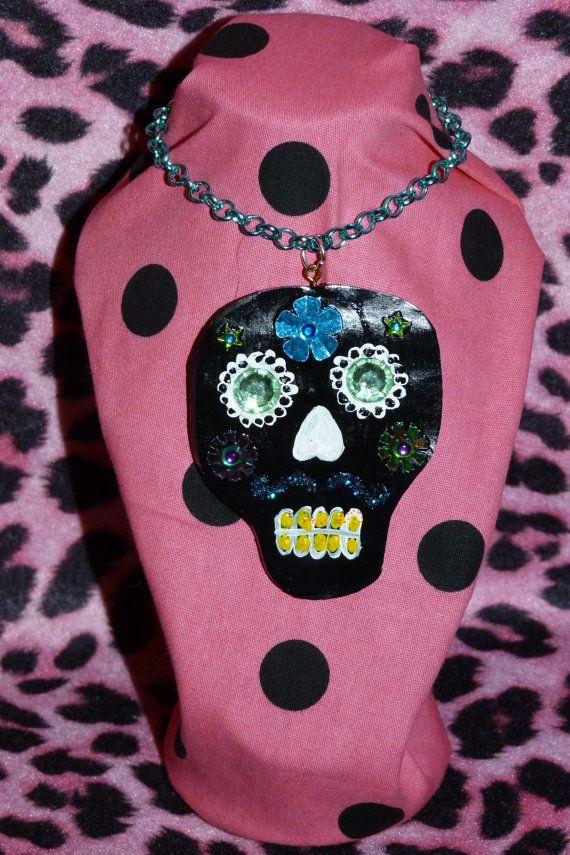 Sugar Skull Necklace. dia de los muertos.