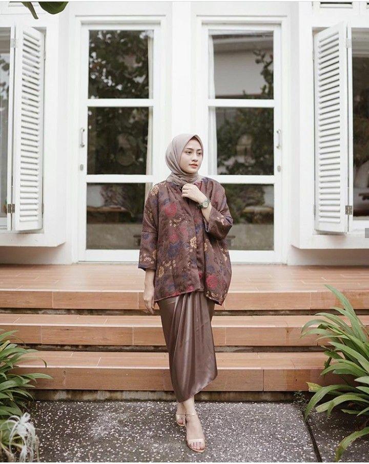 Setelan Baju Wanita Berhijab