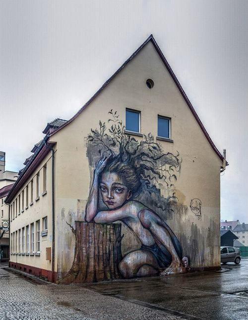 Brand new work by German duo Herakut.