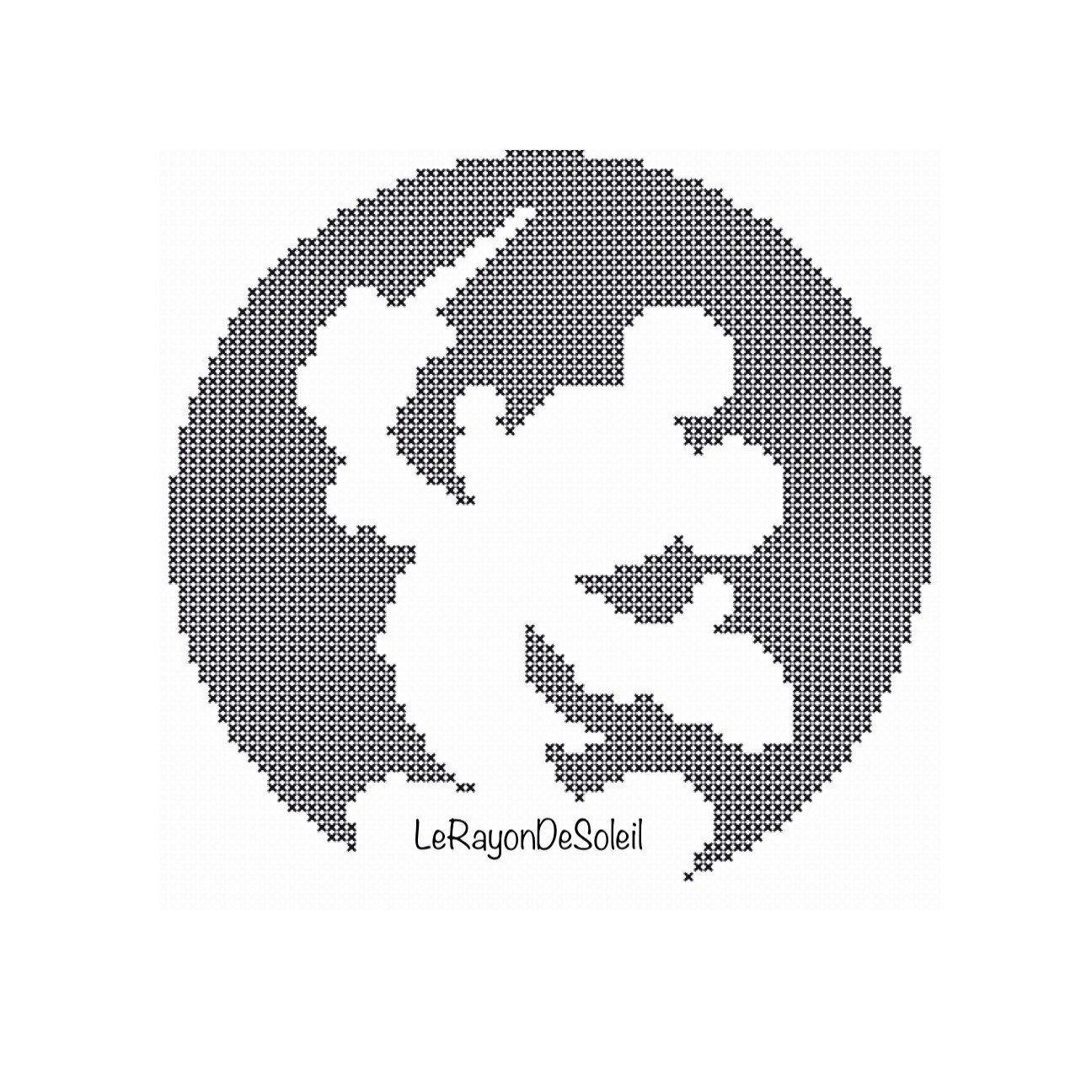 Cross stitch pattern Mickey Mouse Disney door LeRayonDeSoleil | Bebe ...