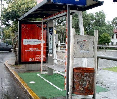 Marketing de Guerrilla - Parada de autobús de Coca Cola