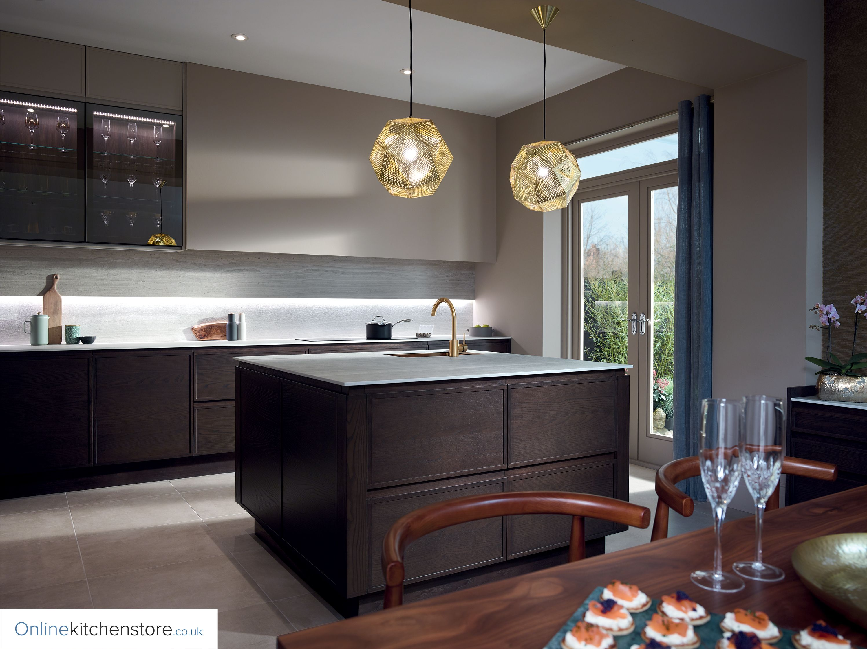 Mix of Lichfield Stone and Espresso with Feature Bronze