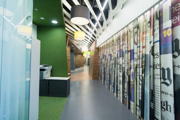 high-tech corporate interior design, Yandex-office-by-za-bor-architects