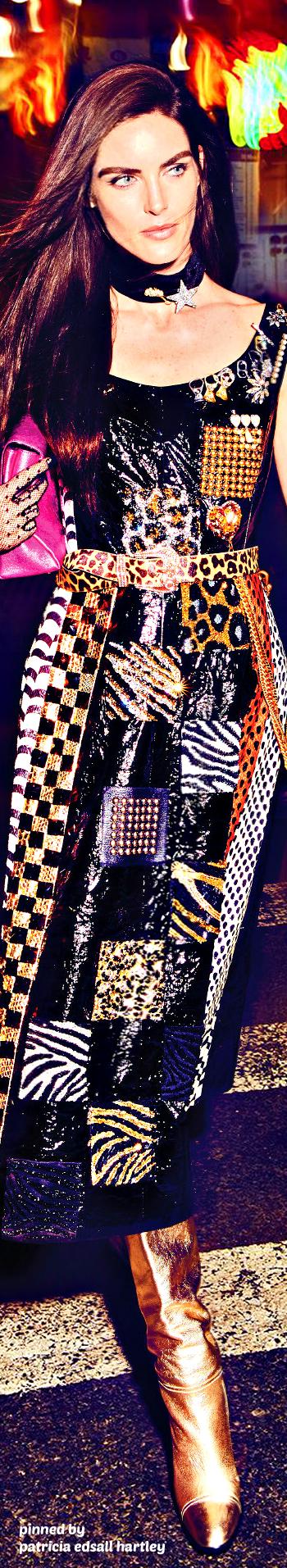 HILARY RHODA - COSMOPOLITAN US DECEMBER 2016