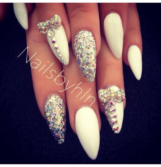 Stilleto Nail Ideas For Prom: Best 25+ Long White Nails Ideas On Pinterest