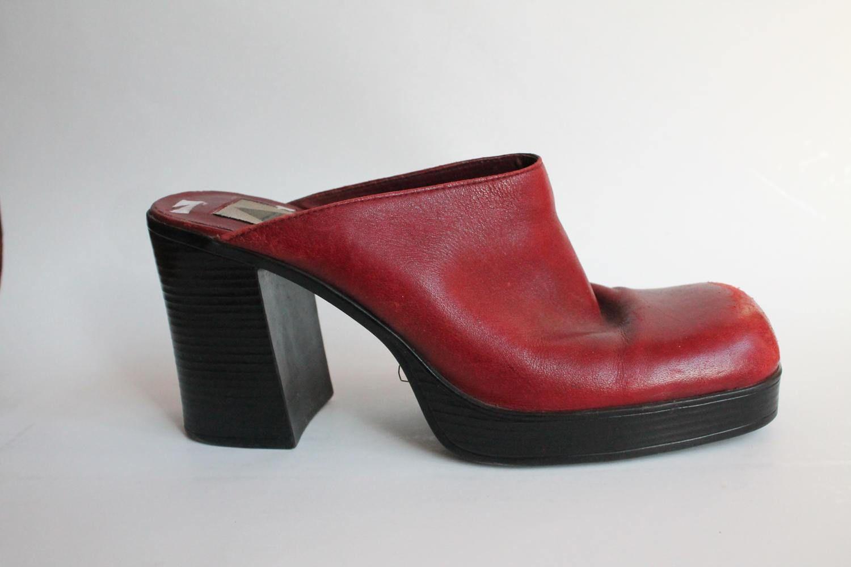 3c9910ebfa52 90s Platform Shoes