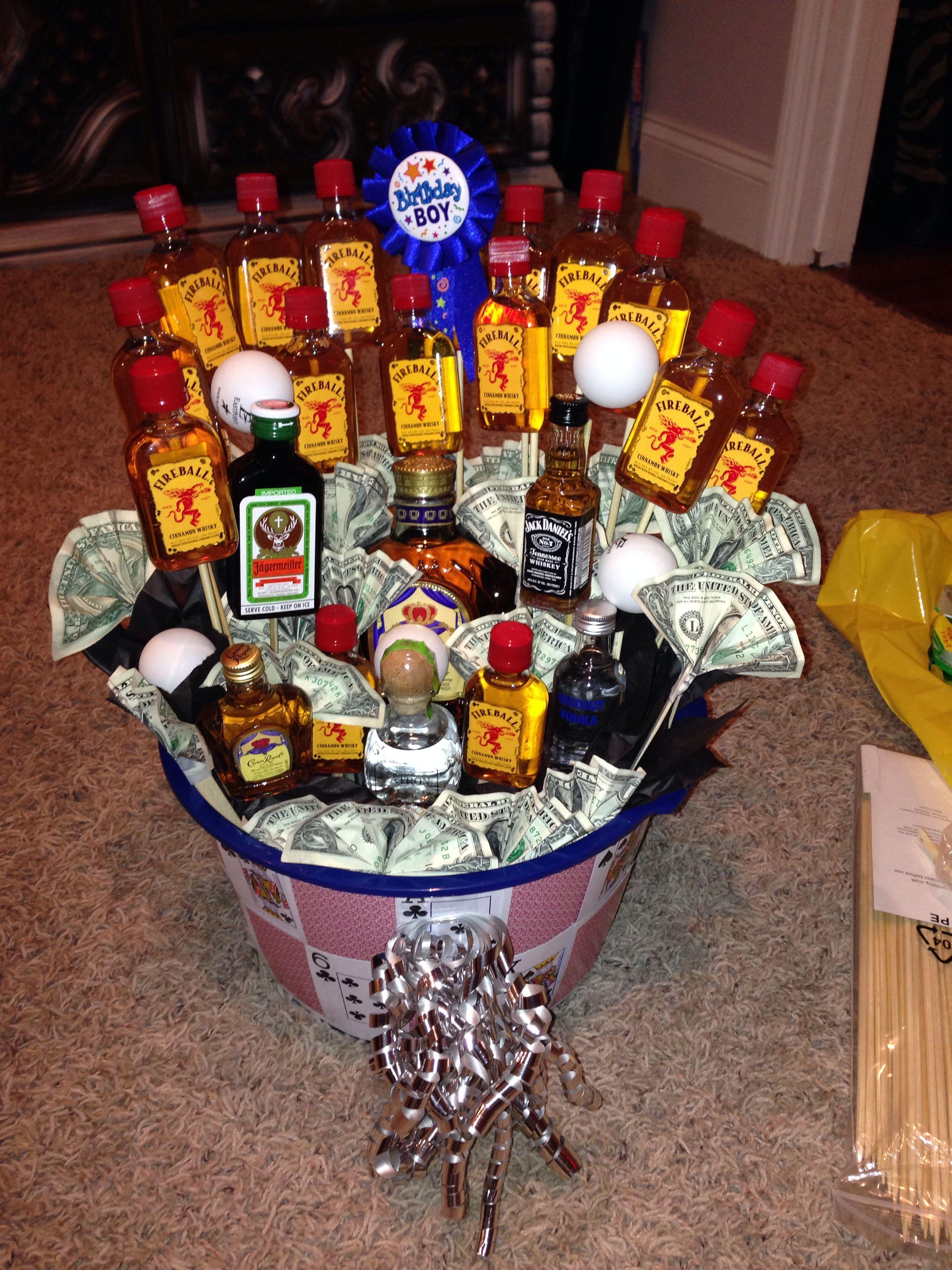 21st birthday basket for boyfriend!   DIY; get crafty ...