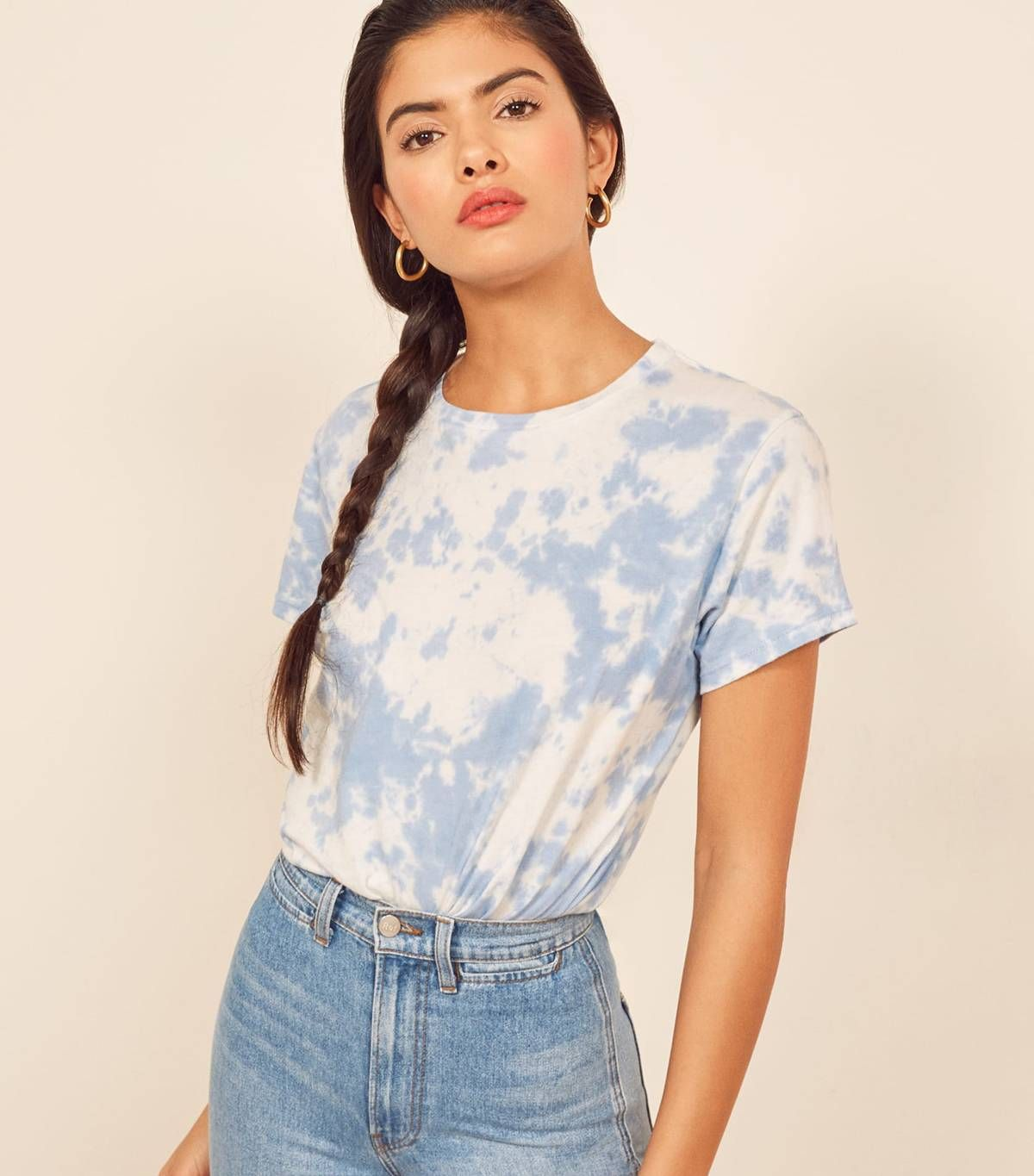 The Under 50 Reformation Item Everyone Is Buying For Spring Tie Dye Outfits Tie Dye Shirt Outfit Tie Dye [ 1365 x 1200 Pixel ]