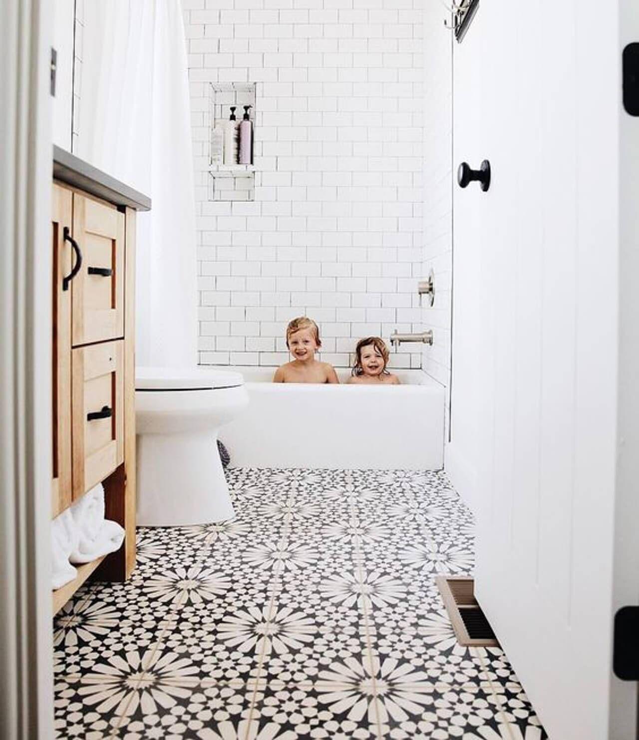 This floral bathroom tile is so pretty! - M Loves M ... on Floral Tile Bathroom Ideas  id=75155