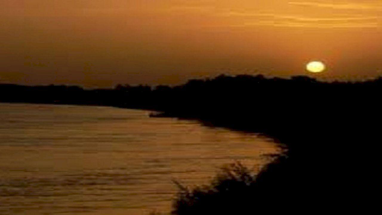شروق الشمس من مغربها In 2020 Sunrise Celestial Sunset