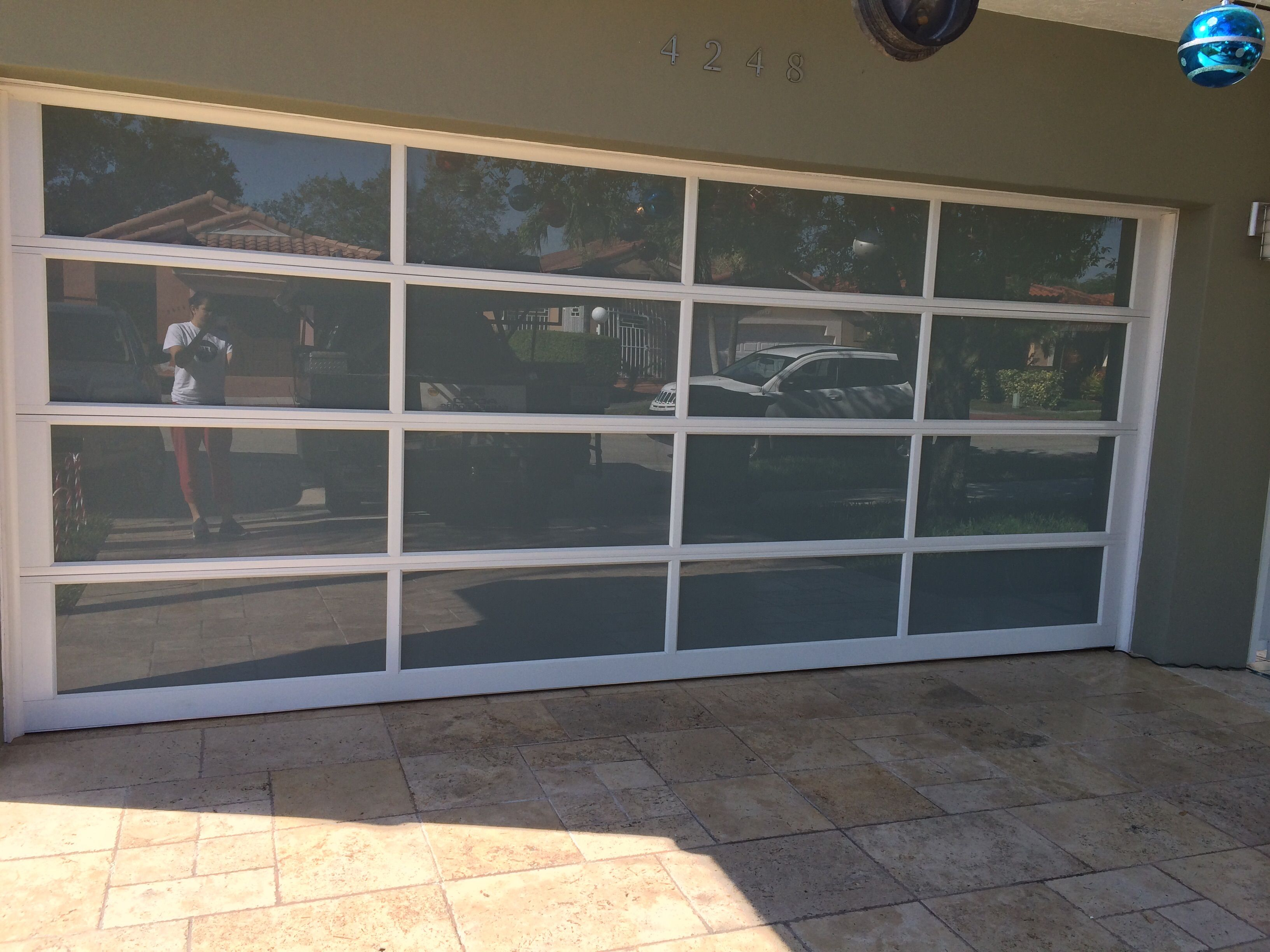 Puerta De Garaje Instalada Por Adco Modelo Avante Fabricada Clopay Super Moderna Llamarnos Para Mayor Informacion Www Adcodoors