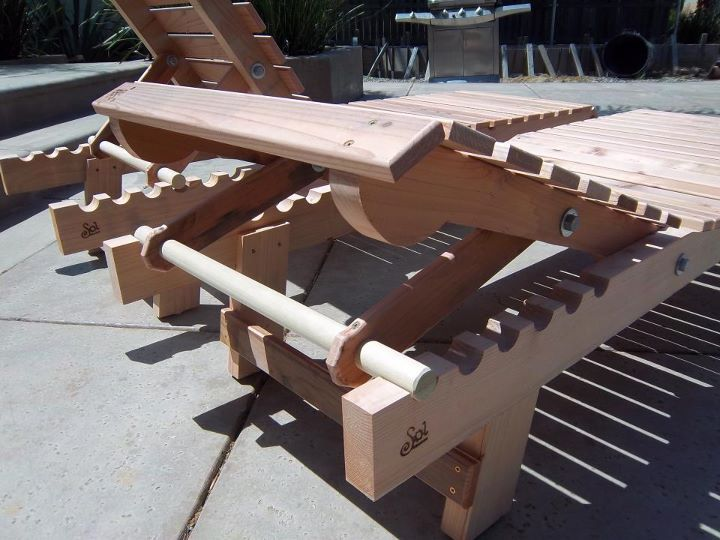 we might be needing to DIY some of these amazing loungers by Sol Boards this summer!