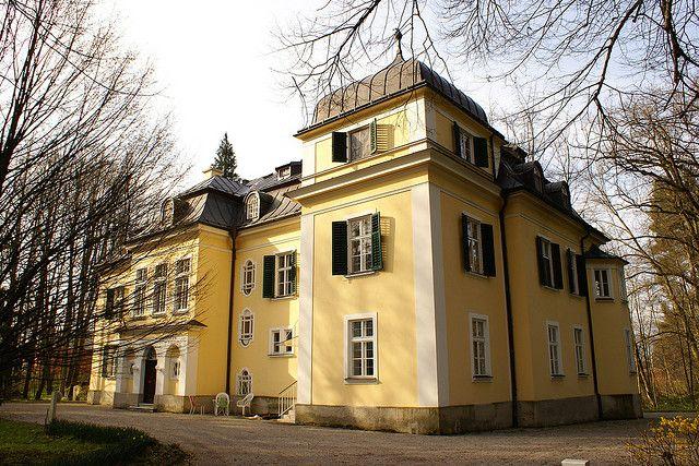 the real von trapp family house the von trapp family austria rh pinterest com the real von trapp family house in austria The Real Captain Von Trapp