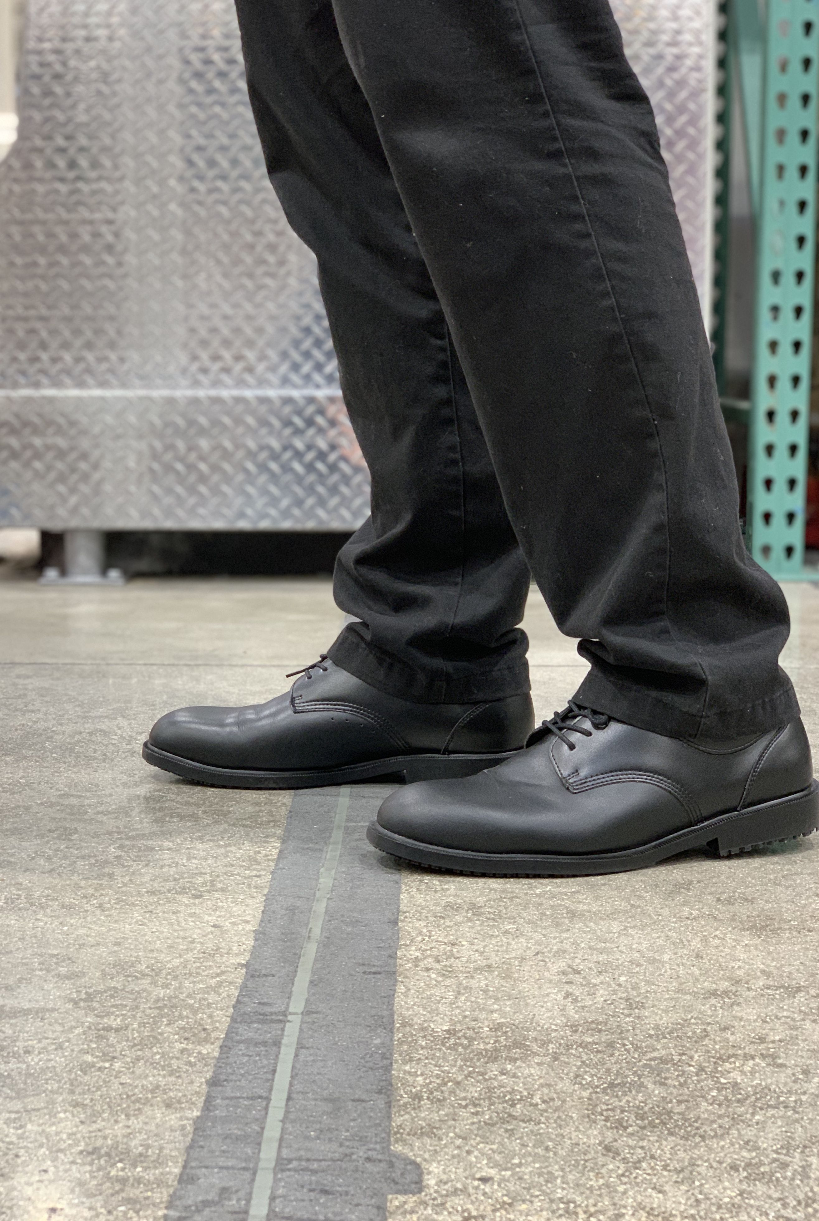 Mens Black Slip Resistant Shoes