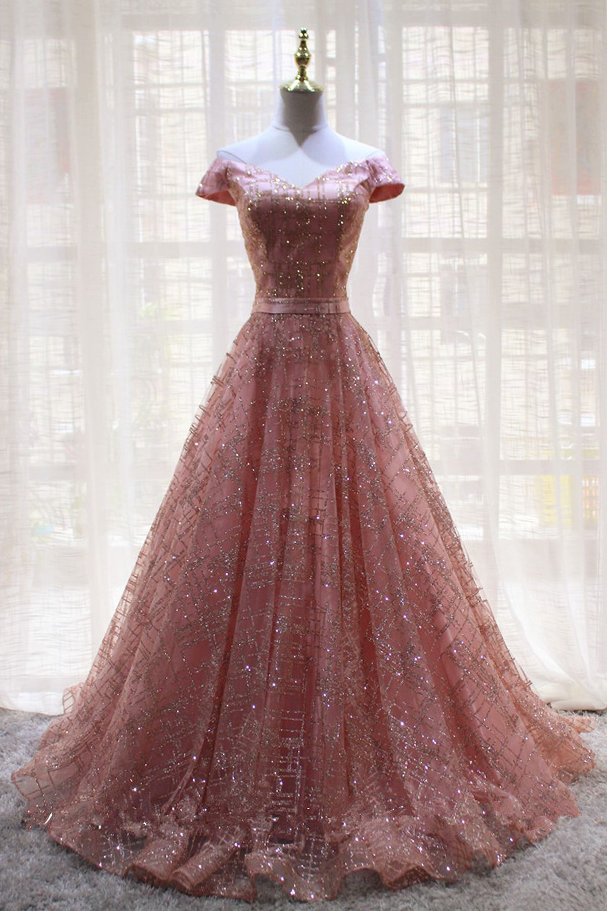 Unique pink tulle v neck long strapless evening dress with short